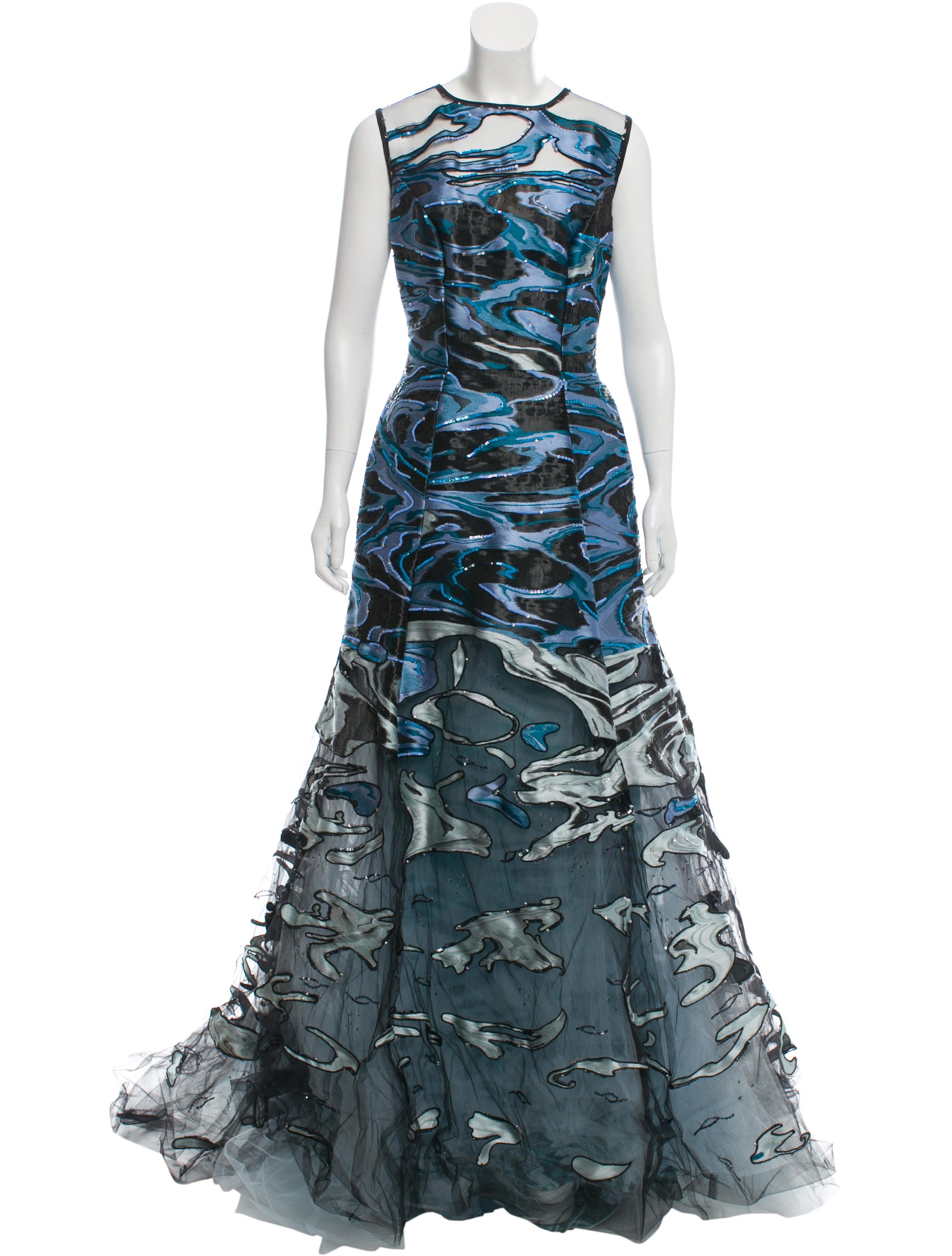 Carolina Herrera Embroidered Sleeveless Evening Gown w/ Tags ...
