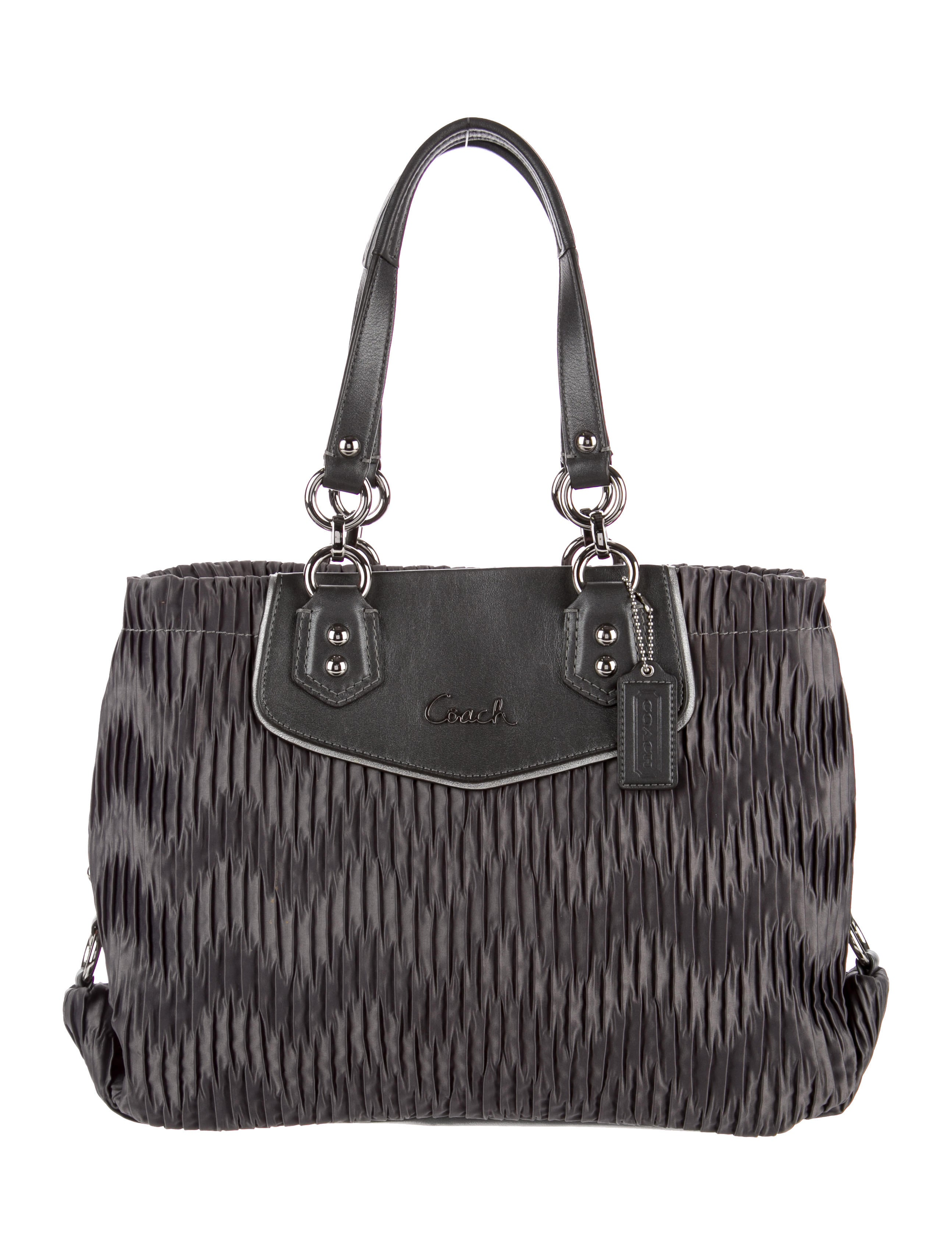 3333d501fa2c Coach Red Ruched Leather Shoulder Bag   Stanford Center for ...