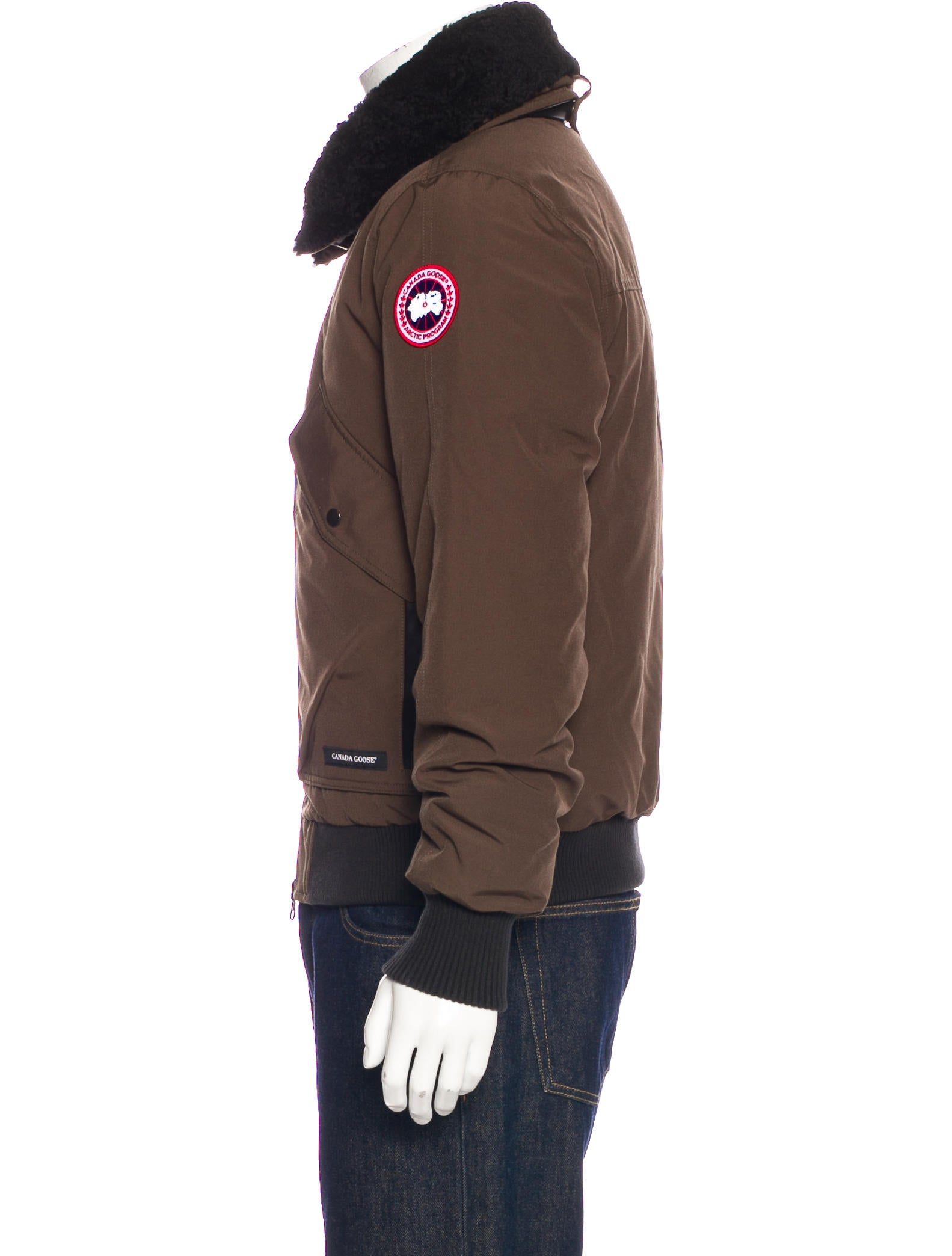 canada goose 2017 bromley bomber jacket clothing cdo20729 the realreal. Black Bedroom Furniture Sets. Home Design Ideas