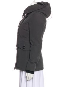5dce12478a7f Canada Goose. Down Hooded Jacket. Size  XXS