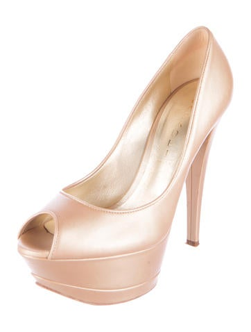 Peep-Toe Leather Pumps