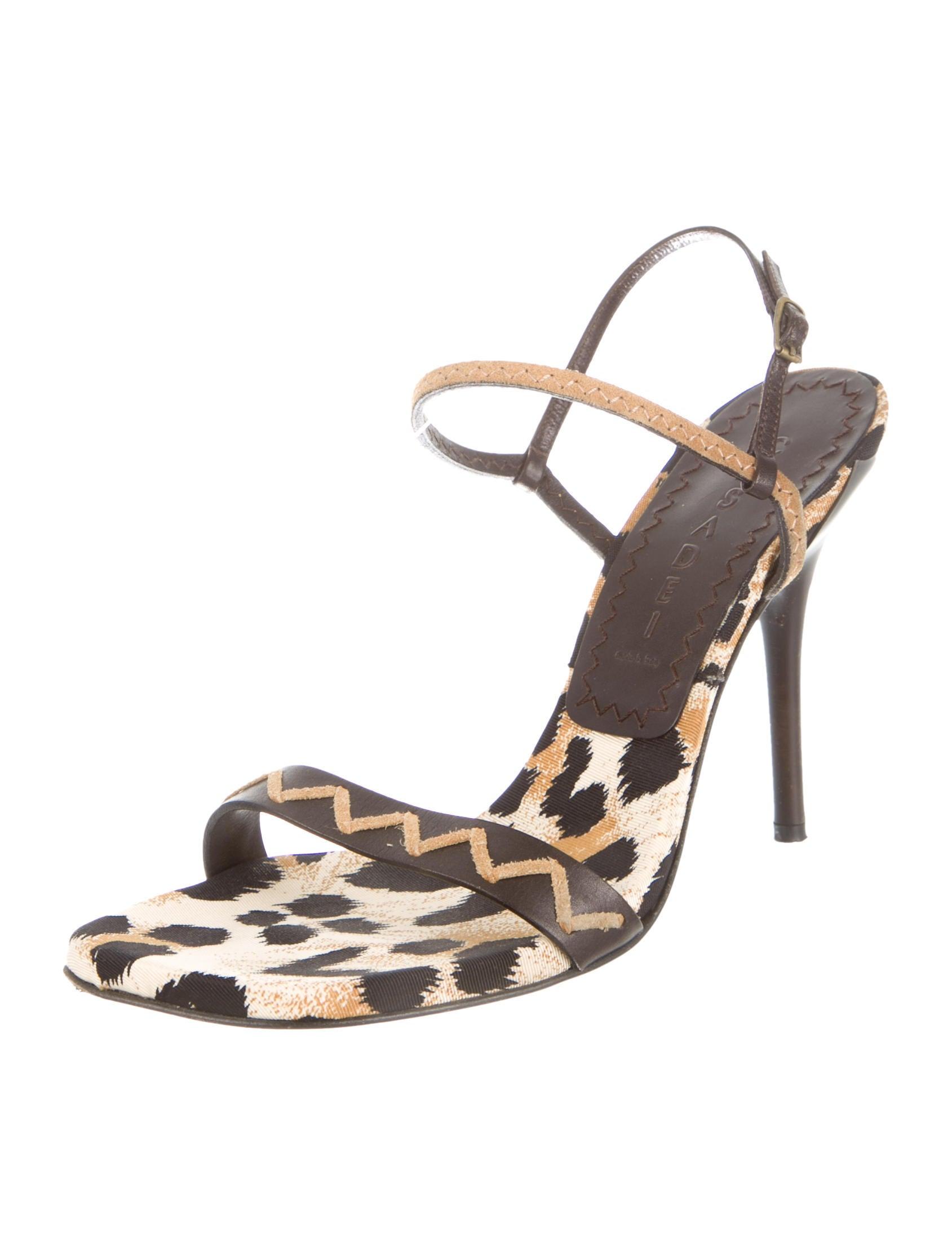 sandals singles