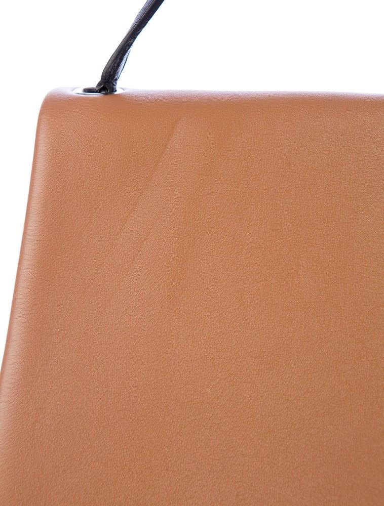 Prada Antic Soft Shoulder Bag – black 2018 For Sale. All Soft Shoulder Bag 0912f152eab64