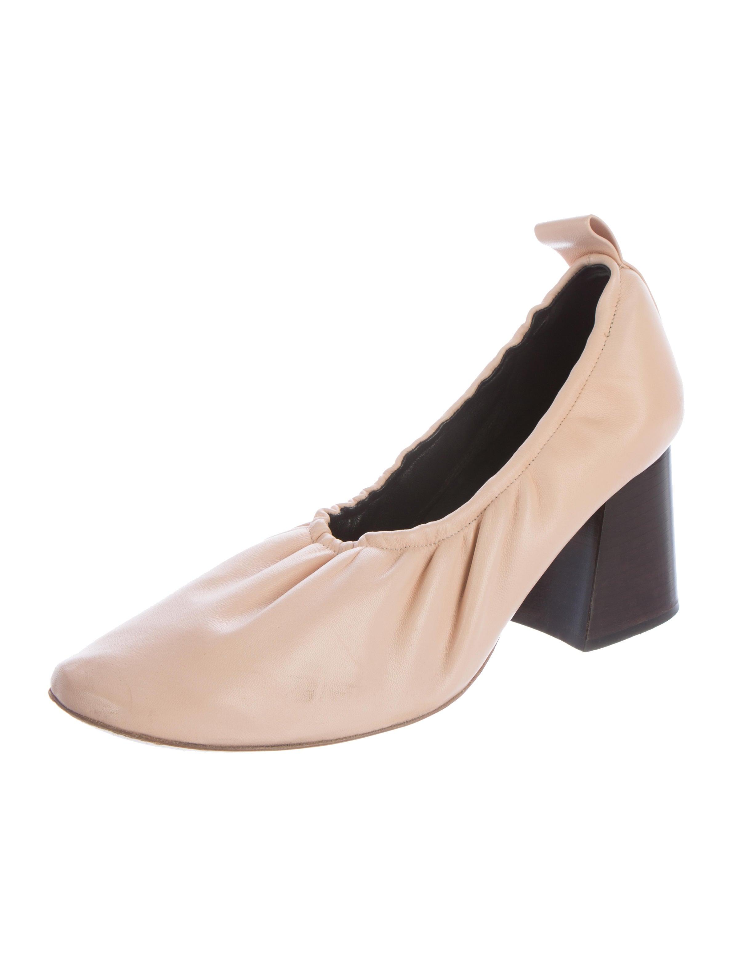 c 233 line leather ballerina pumps shoes cel44948 the