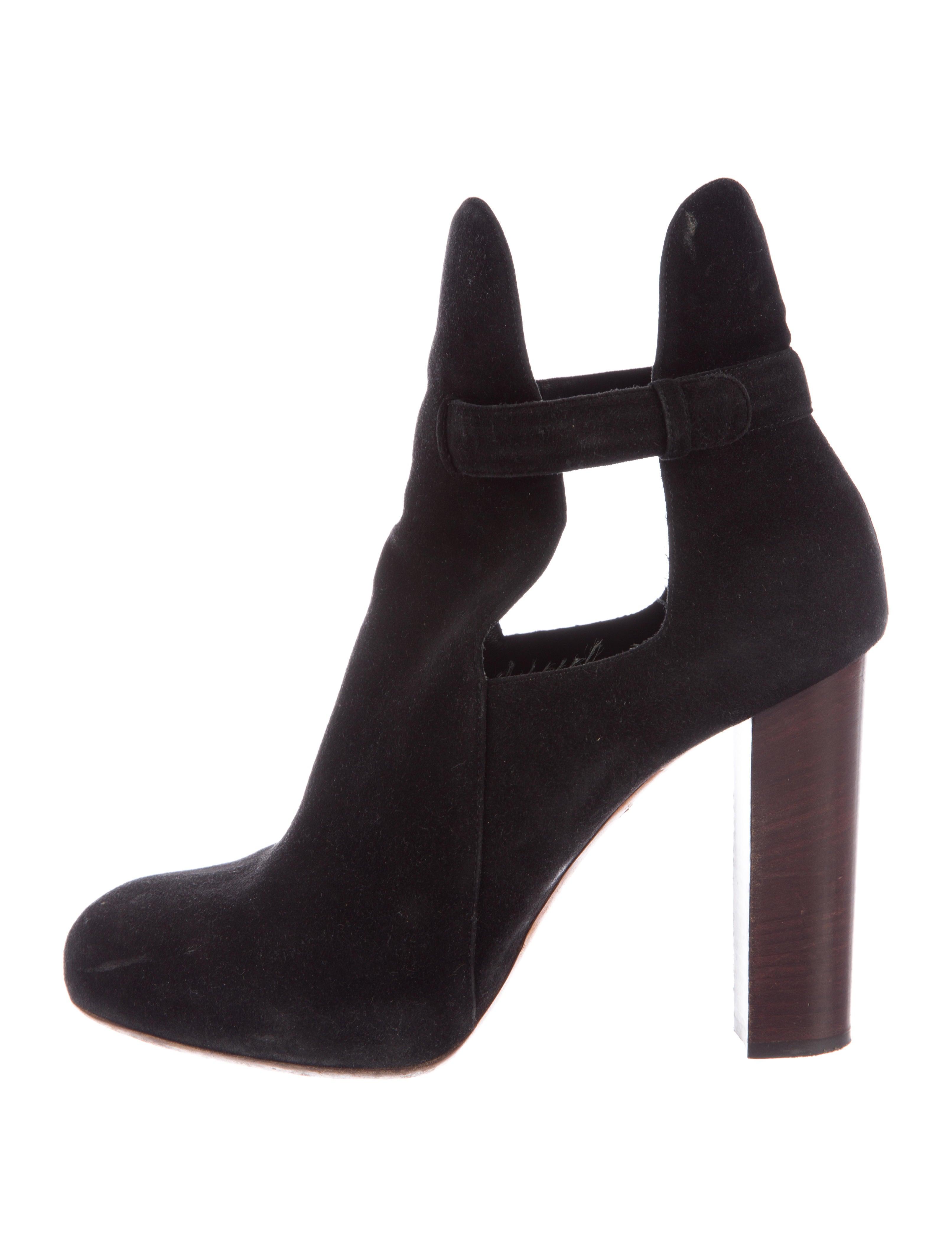 Céline Suede Round-Toe Booties outlet huge surprise sale low cost Qzob0z5iuH