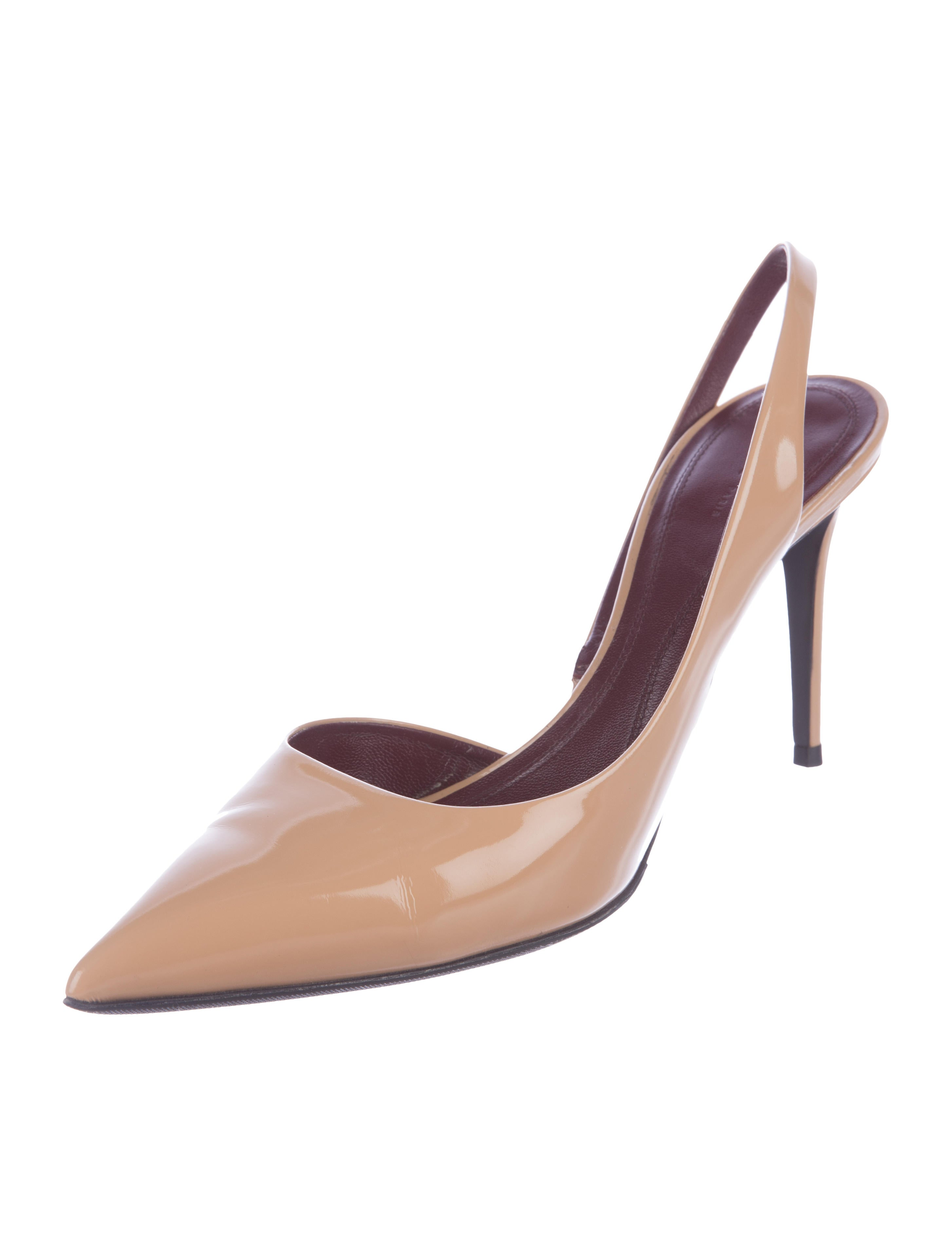 Céline Patent Leather Slingback Pumps discount Inexpensive rfv9a3CuAA