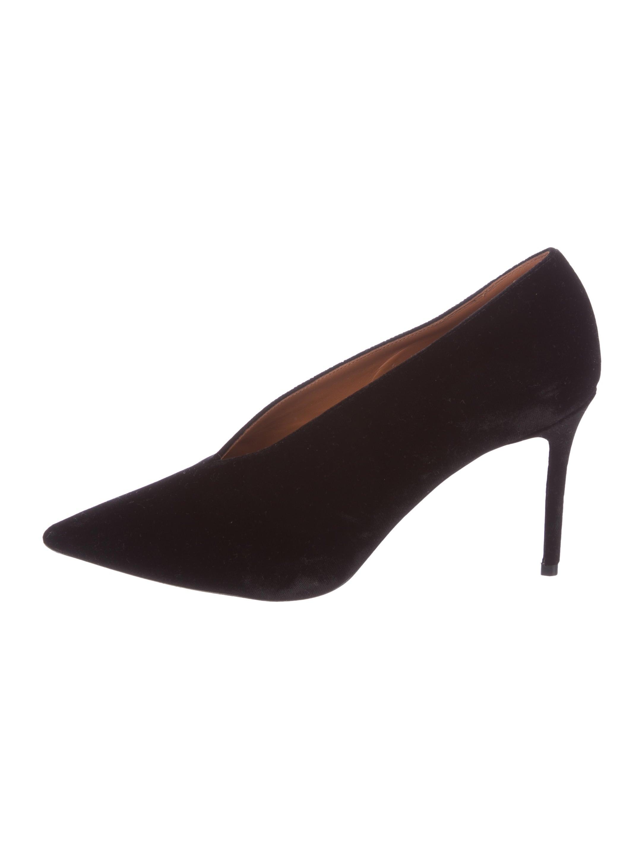Céline Velvet Pointed-Toe Pumps free shipping ebay clearance finishline Y9aQJiaJx