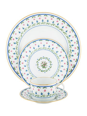 Céralene A. Raynaud Limoges 52-Piece Lafayette Dinner Service None