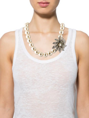 Crystal Flower Faux Pearl Necklace