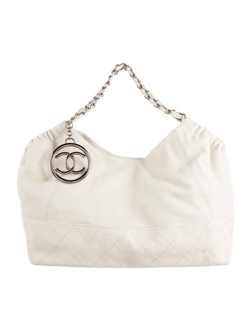 1bb74c3a9b96 Chanel Chanel Petit Coco Cabas Tote - Handbags - CHA121254 | The ...