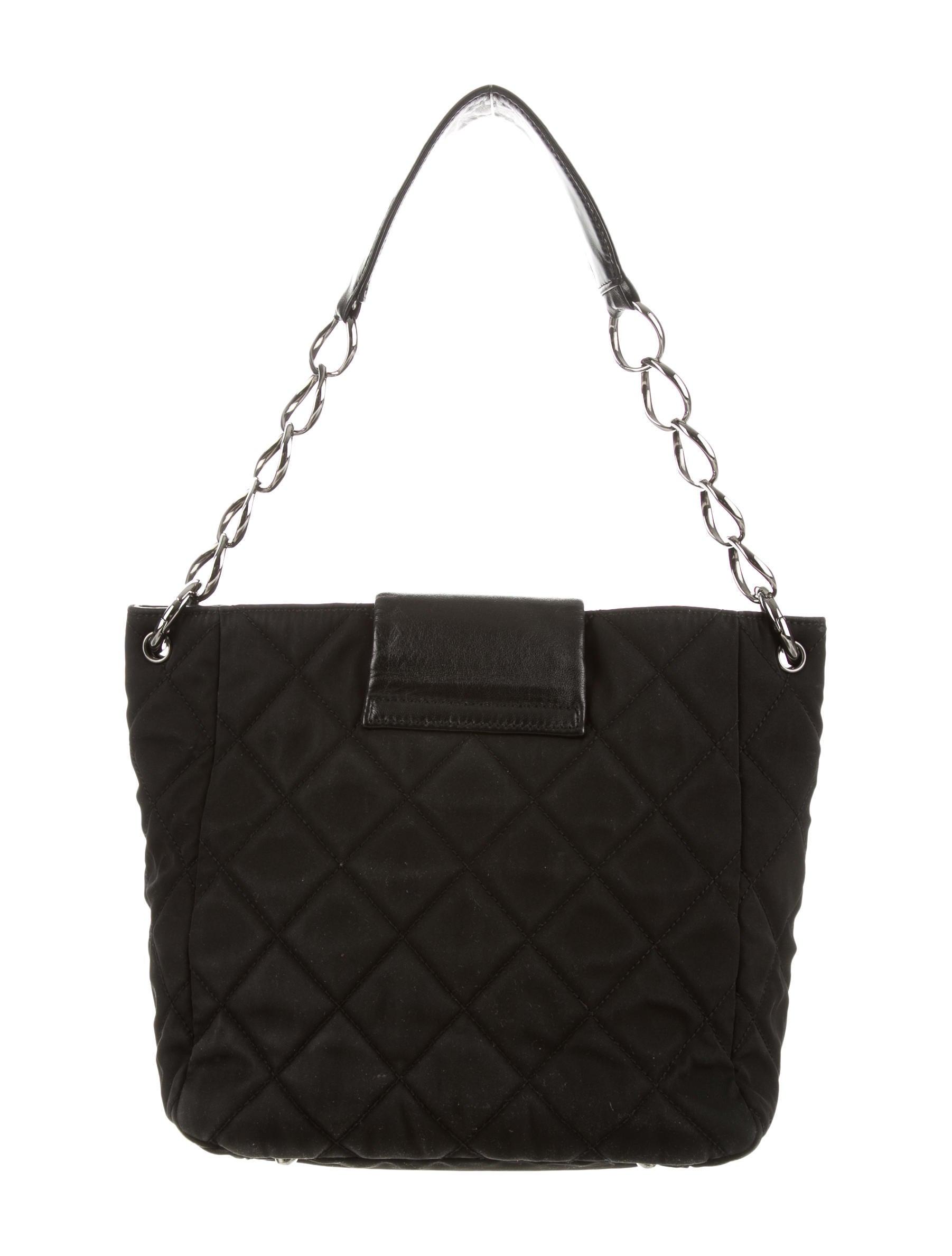 Chanel Quilted Shoulder Bag - Handbags - CHA122577