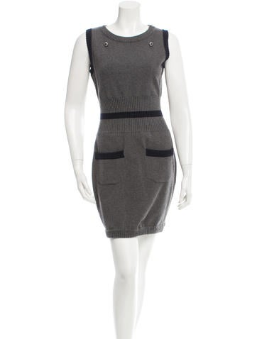 Chanel Sleeveless Wool Dress None