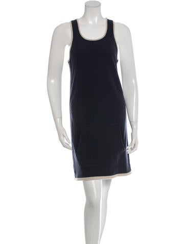 Chanel Cashmere Sleeveless Dress None