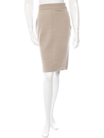 Chanel Cashmere Knit Skirt None