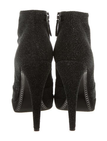 Textured Cap-Toe Ankle Boots