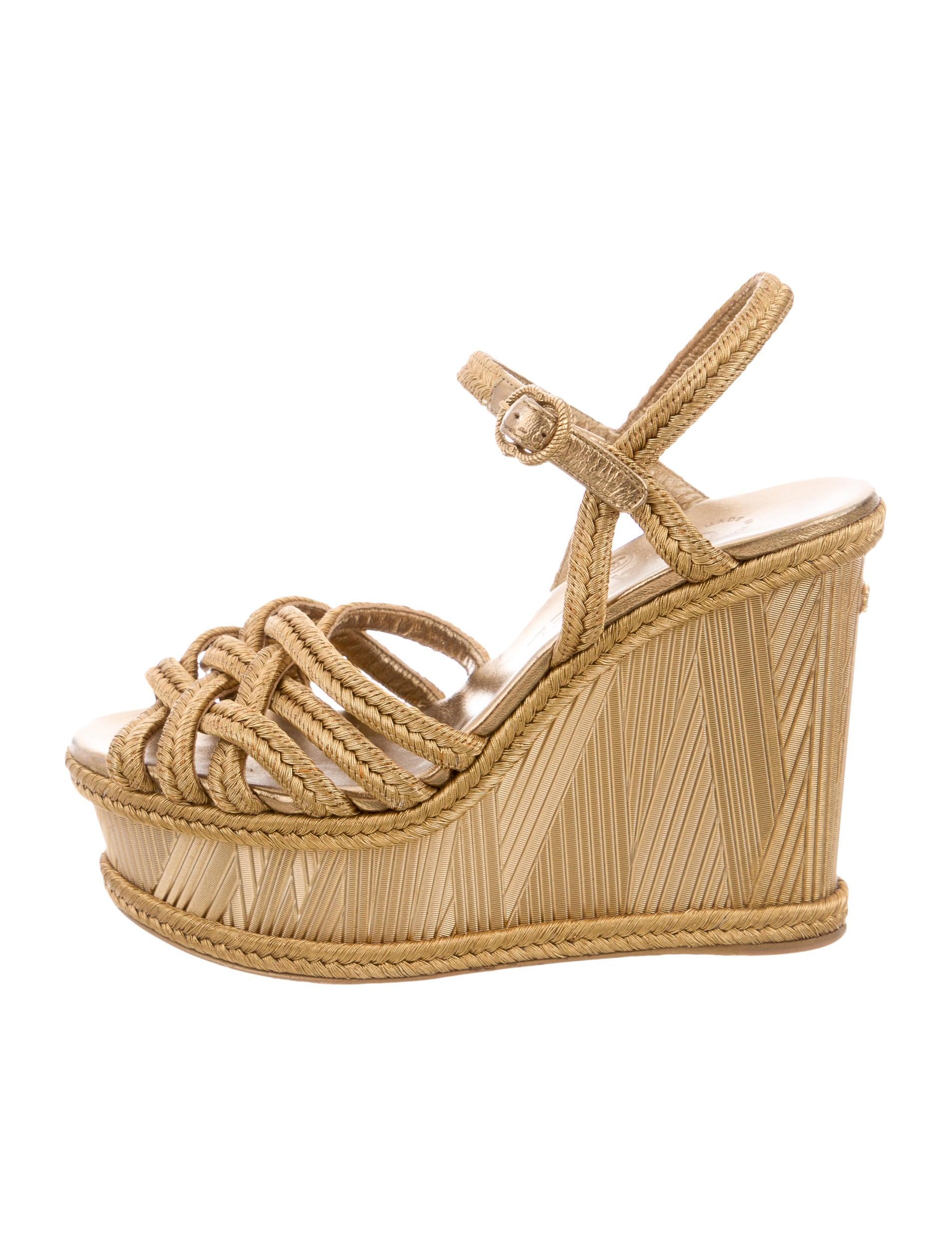 chanel metallic platform wedges shoes cha128318 the