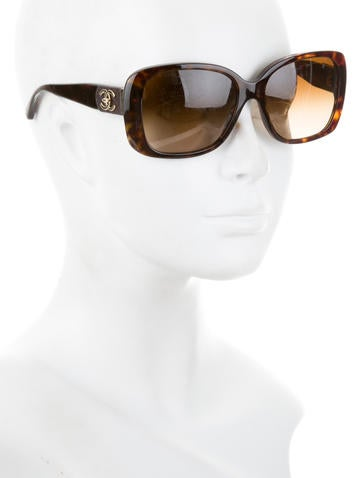 Quilted Turn-Lock Sunglasses