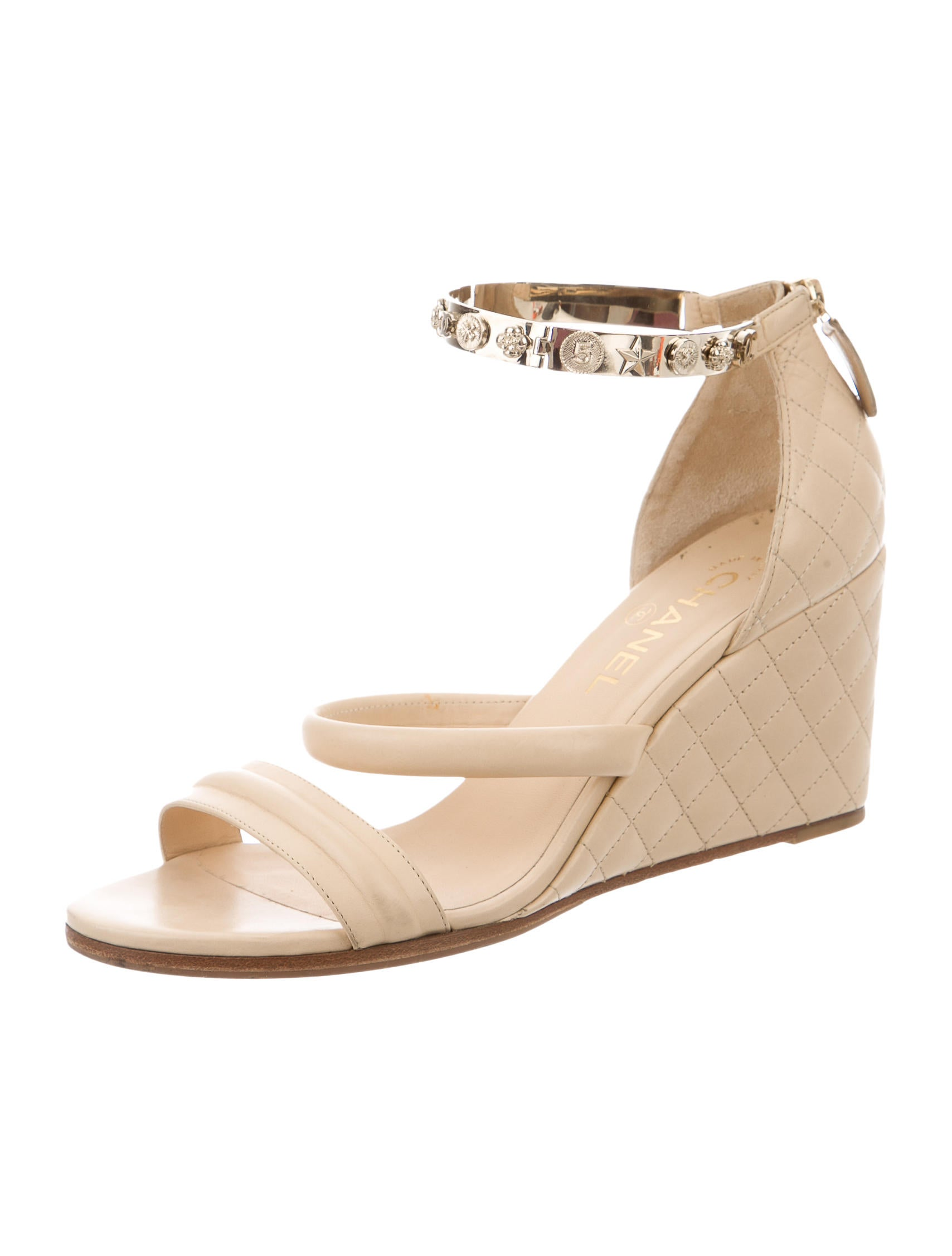 chanel dallas quilted wedges shoes cha129850