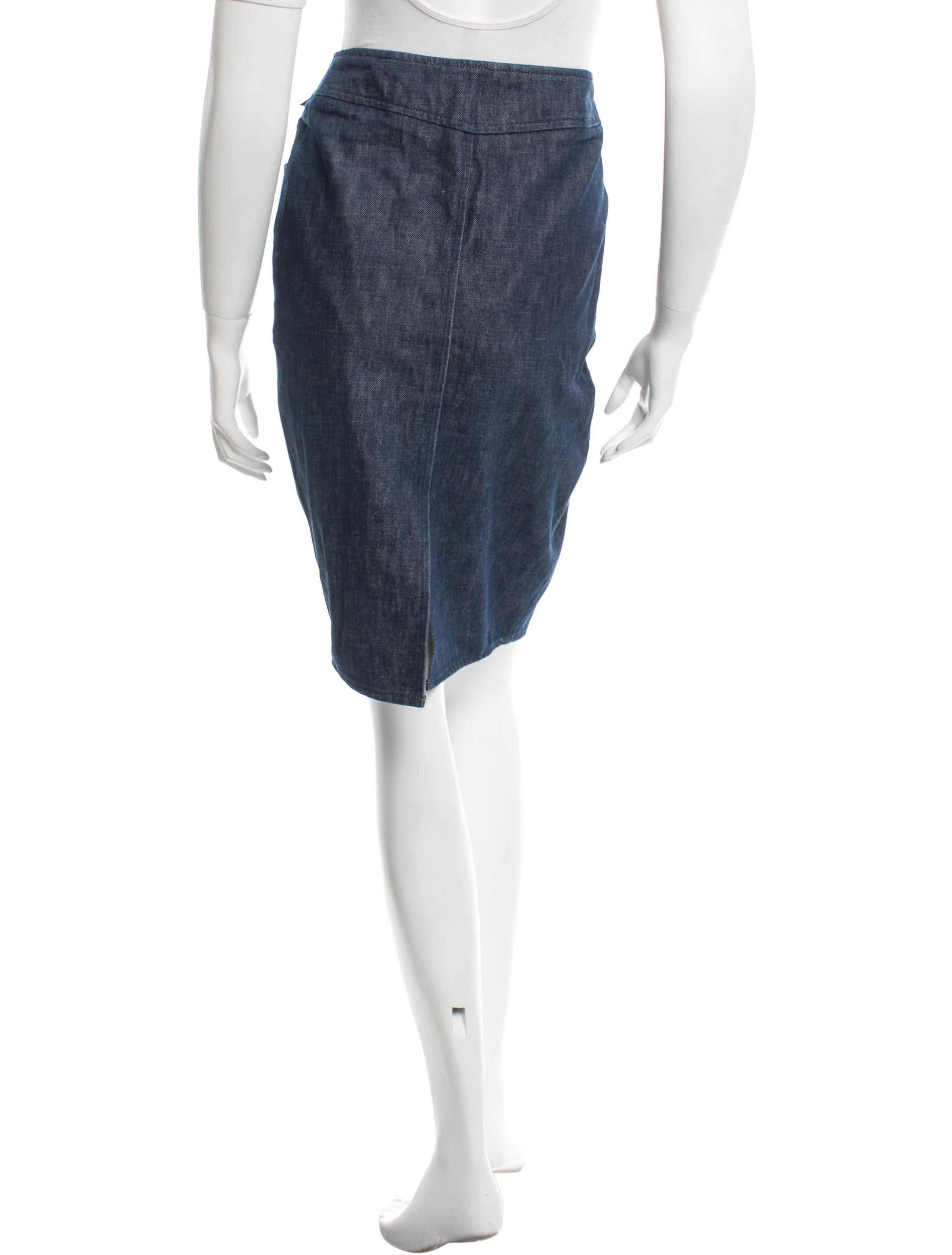 chanel denim knee length skirt clothing cha130608
