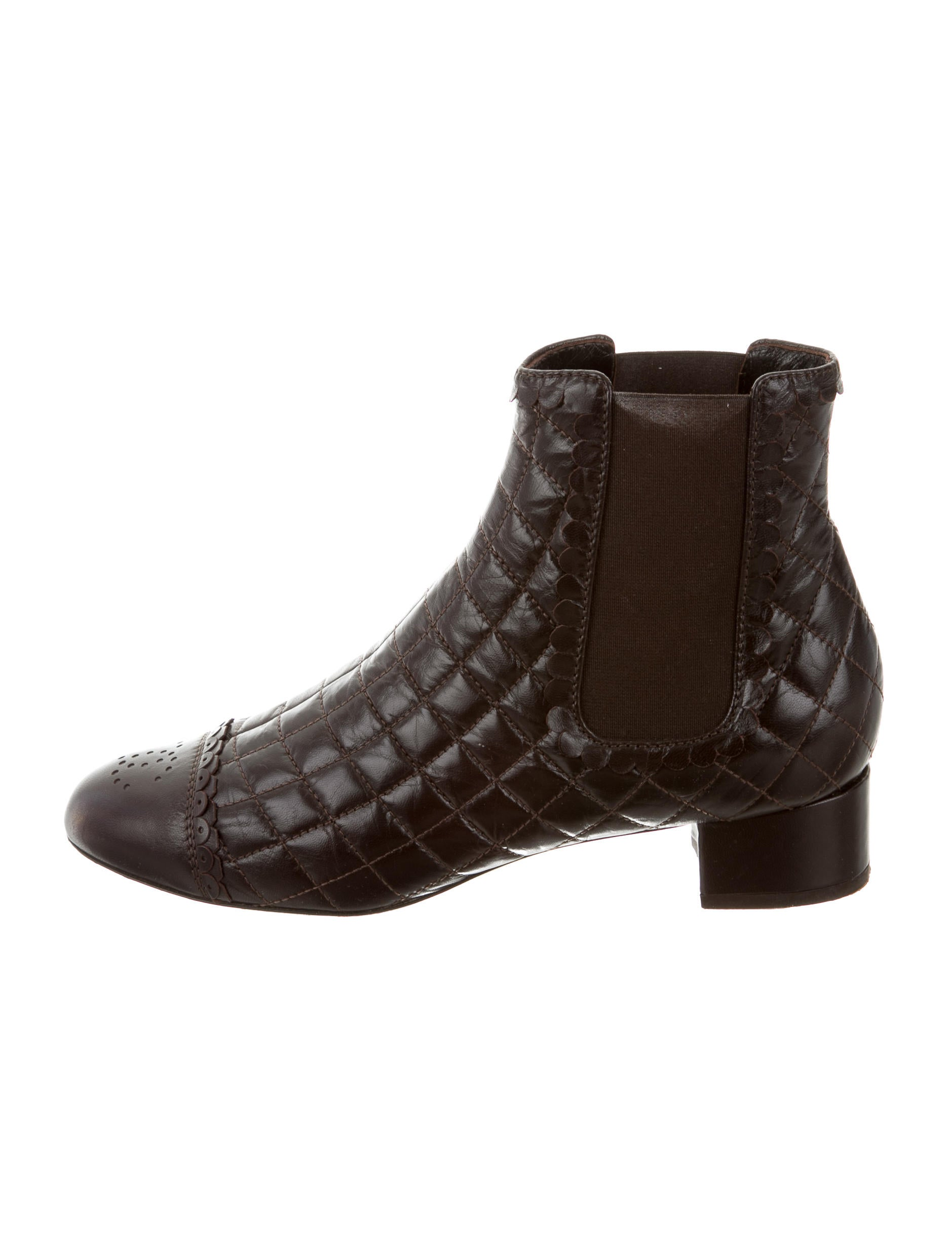 chanel quilted leather ankle boots shoes cha131693