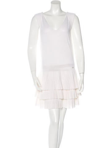 Chanel Pleated Linen Dress None