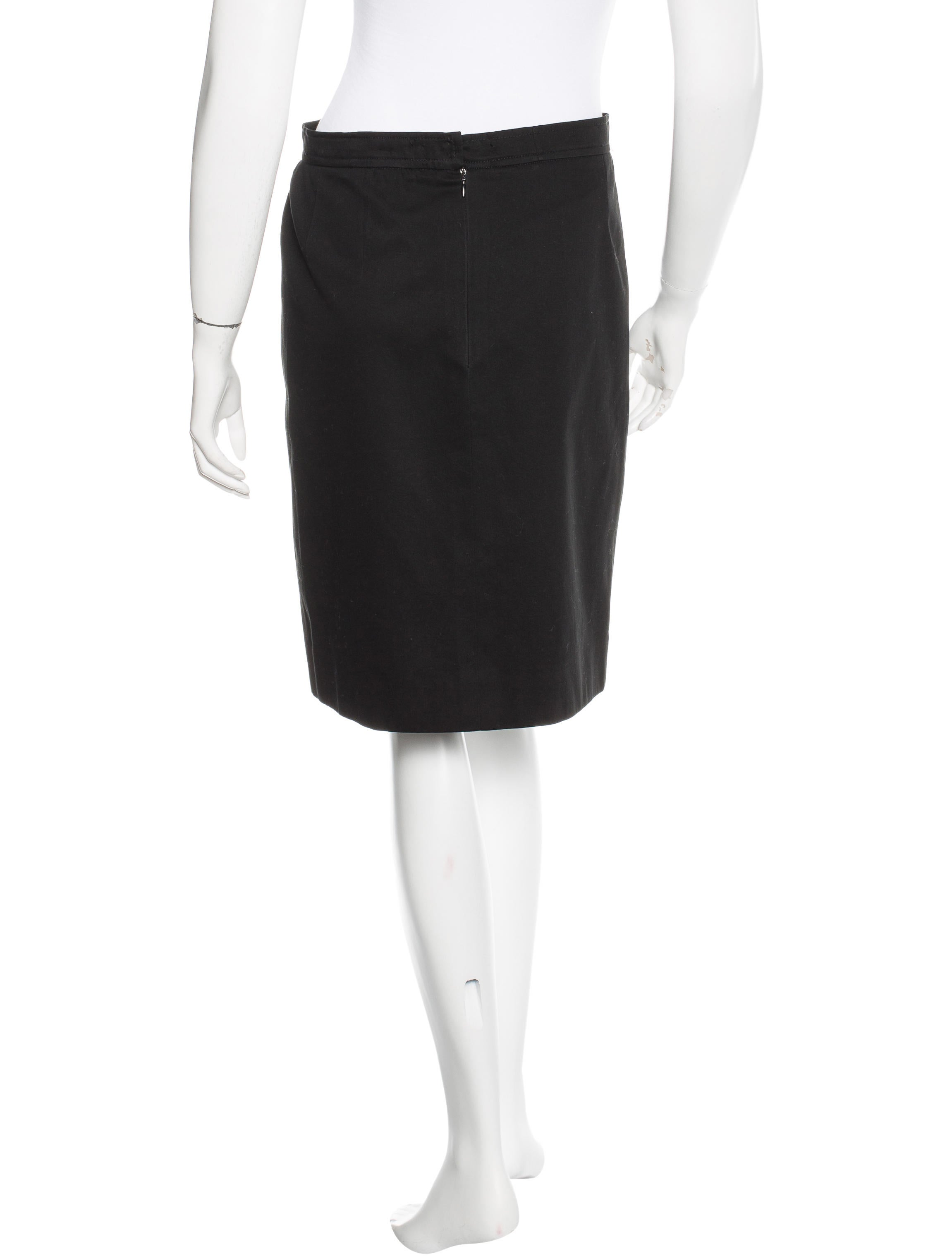 chanel knee length wrap skirt clothing cha136126 the