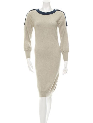 Chanel Cashmere Midi Dress None