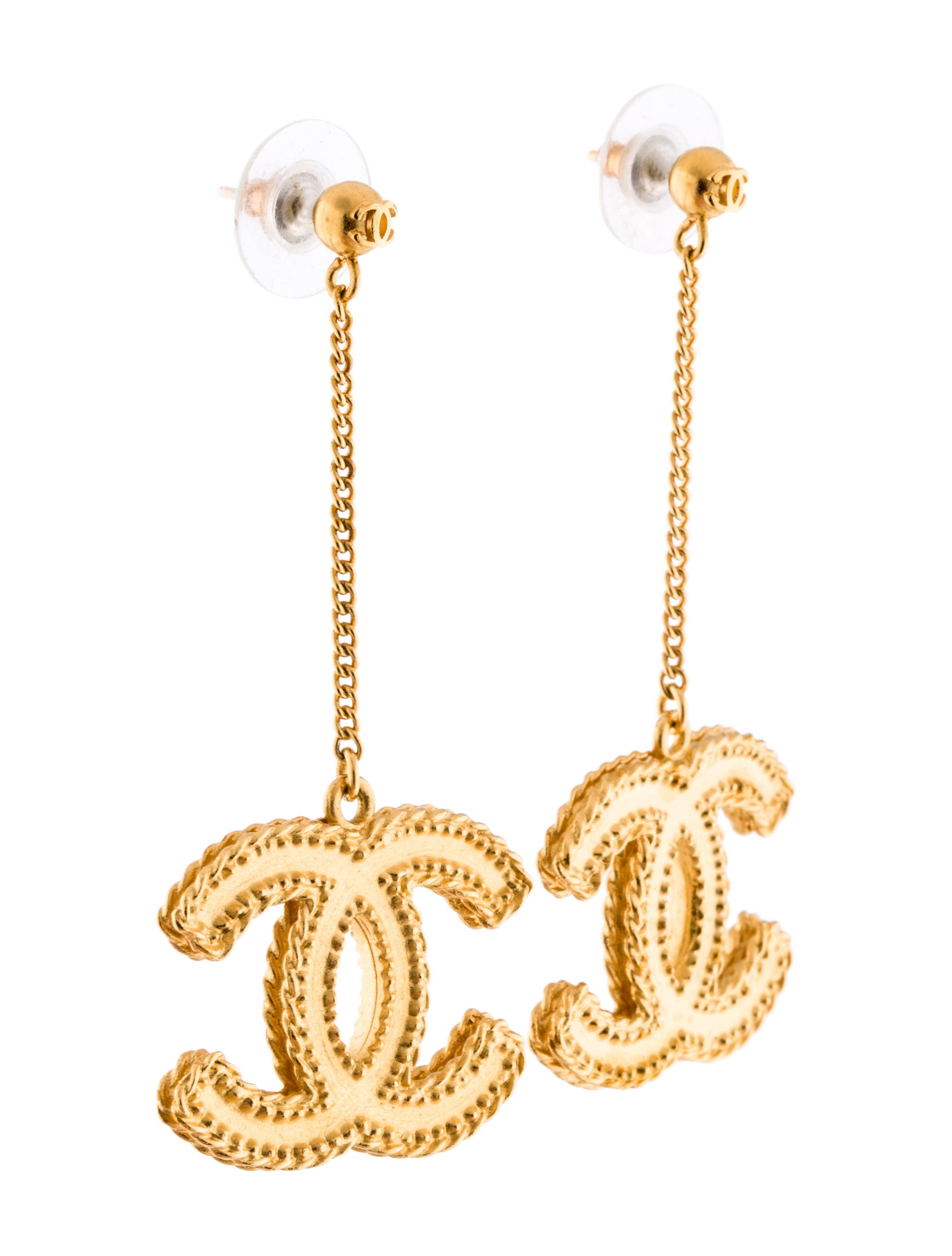 Cc Textured Drop Earrings