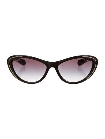 Cat-Eye Chain Sunglasses