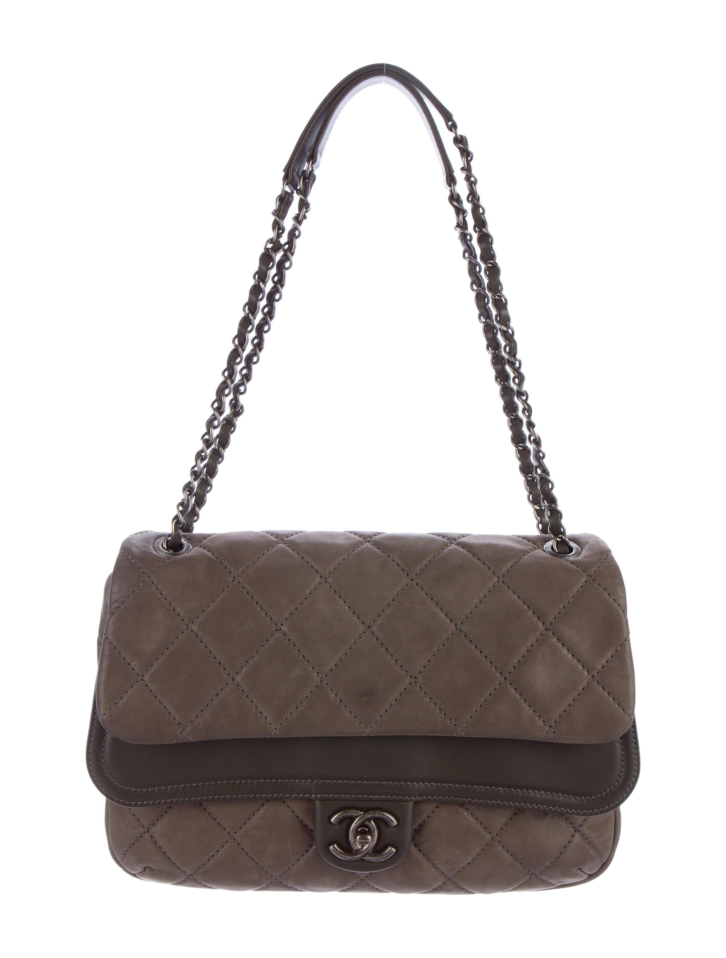 0545a04abe5a0e Chanel Iridescent Calfskin In the Mix Jumbo Double Flap - Handbags ...