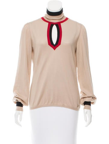 Chanel Cashmere Colorblock Top None