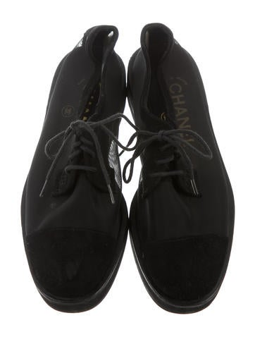 Cap-Toe Mesh Oxfords