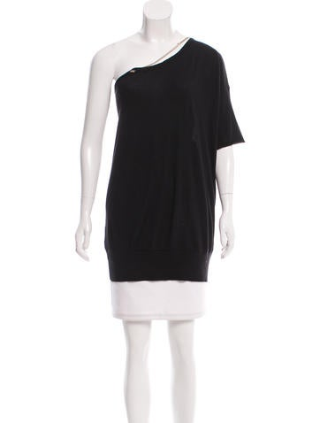 Chanel Embellished Cashmere Top None