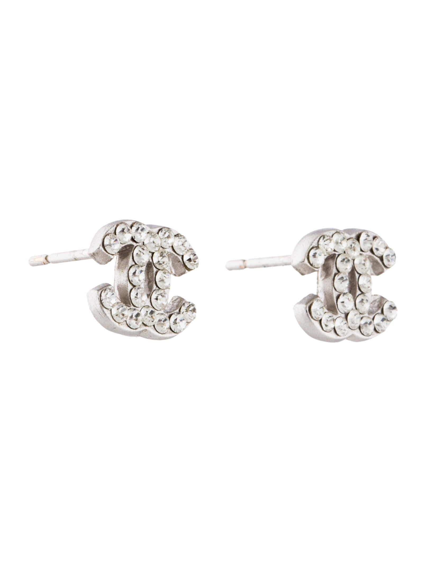channel earrings studs chanel cc studs earrings cha156964 the realreal 6741