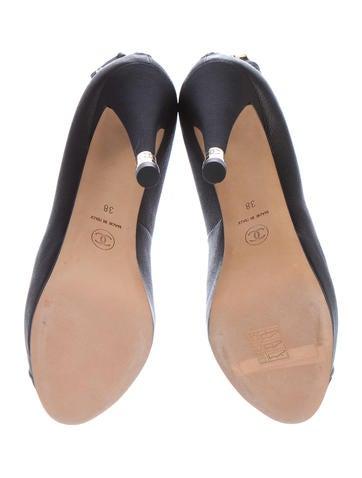 Cap-Toe Leather Booties