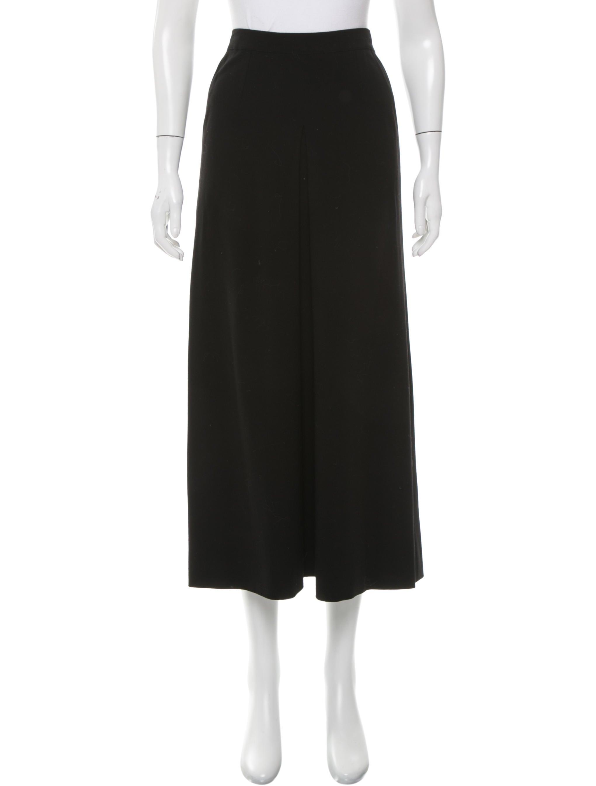 chanel wool midi skirt clothing cha157545 the realreal