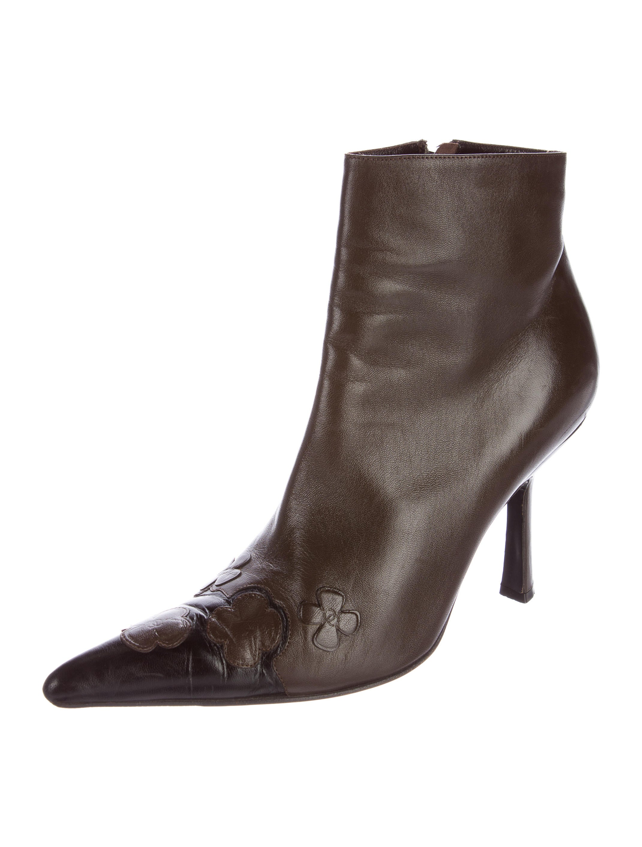 chanel leather pointed toe ankle boots shoes cha158081
