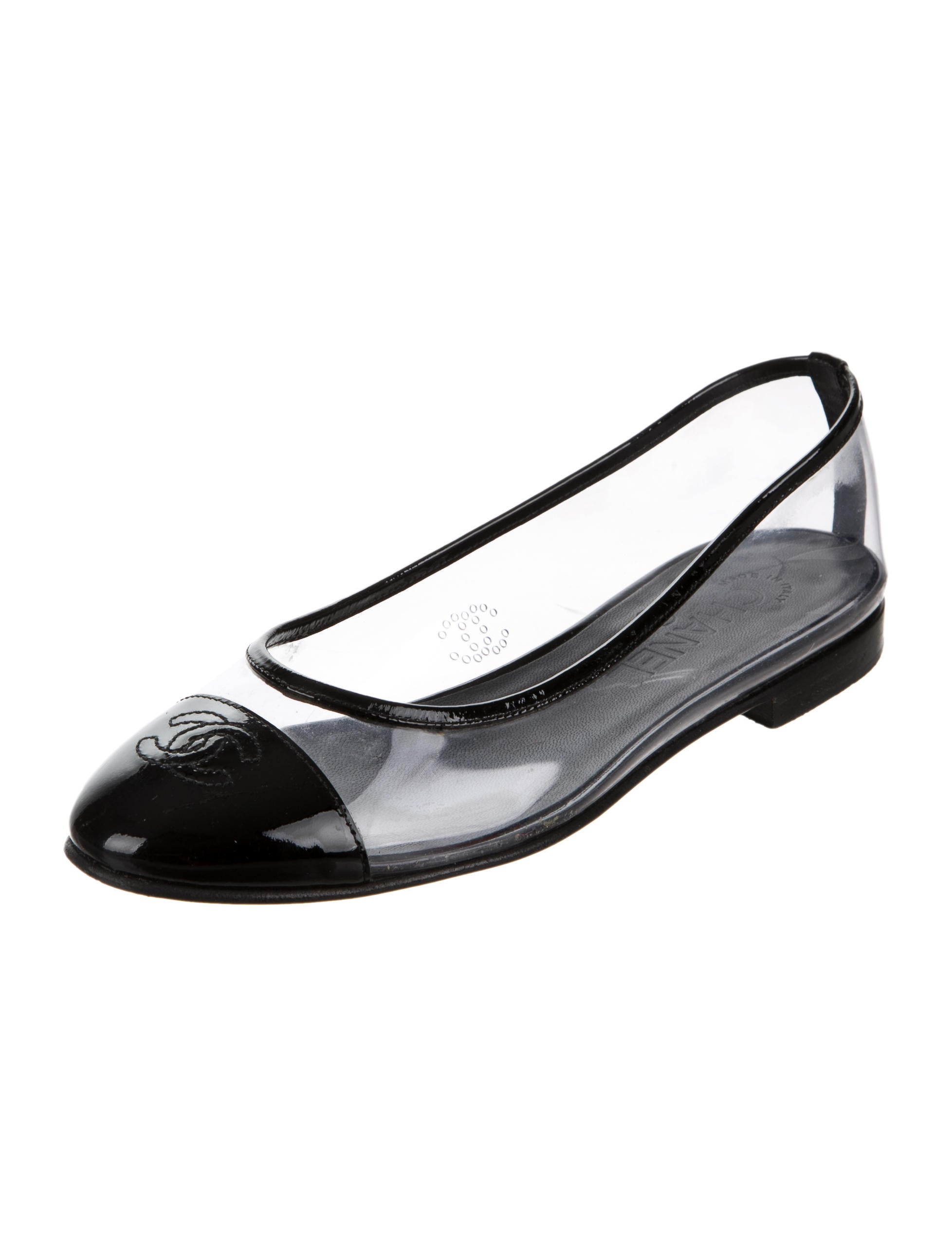 Chanel Pvc Cc Cap Toe Flats Shoes Cha158116 The Realreal