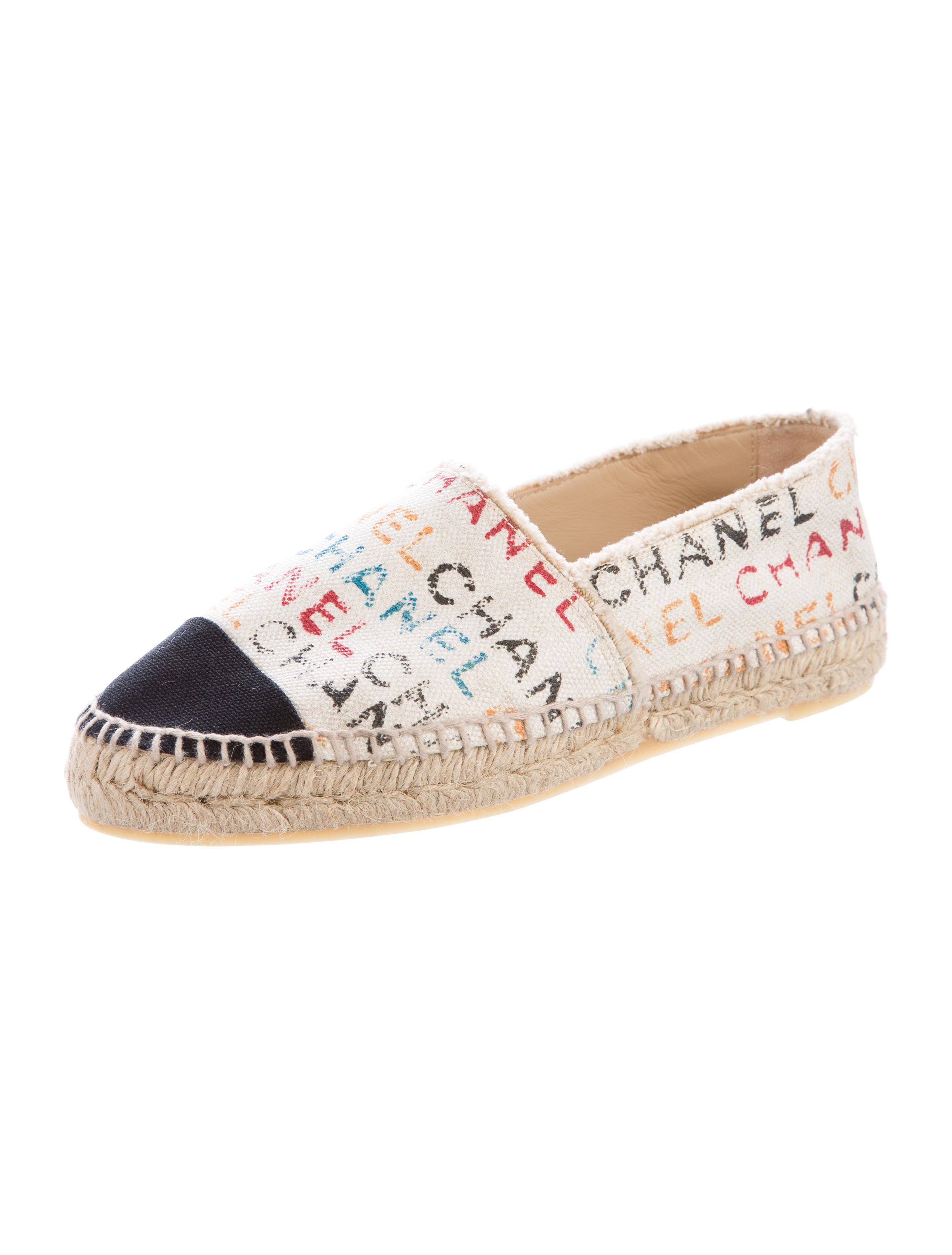 chanel canvas graffiti espadrilles shoes cha158254