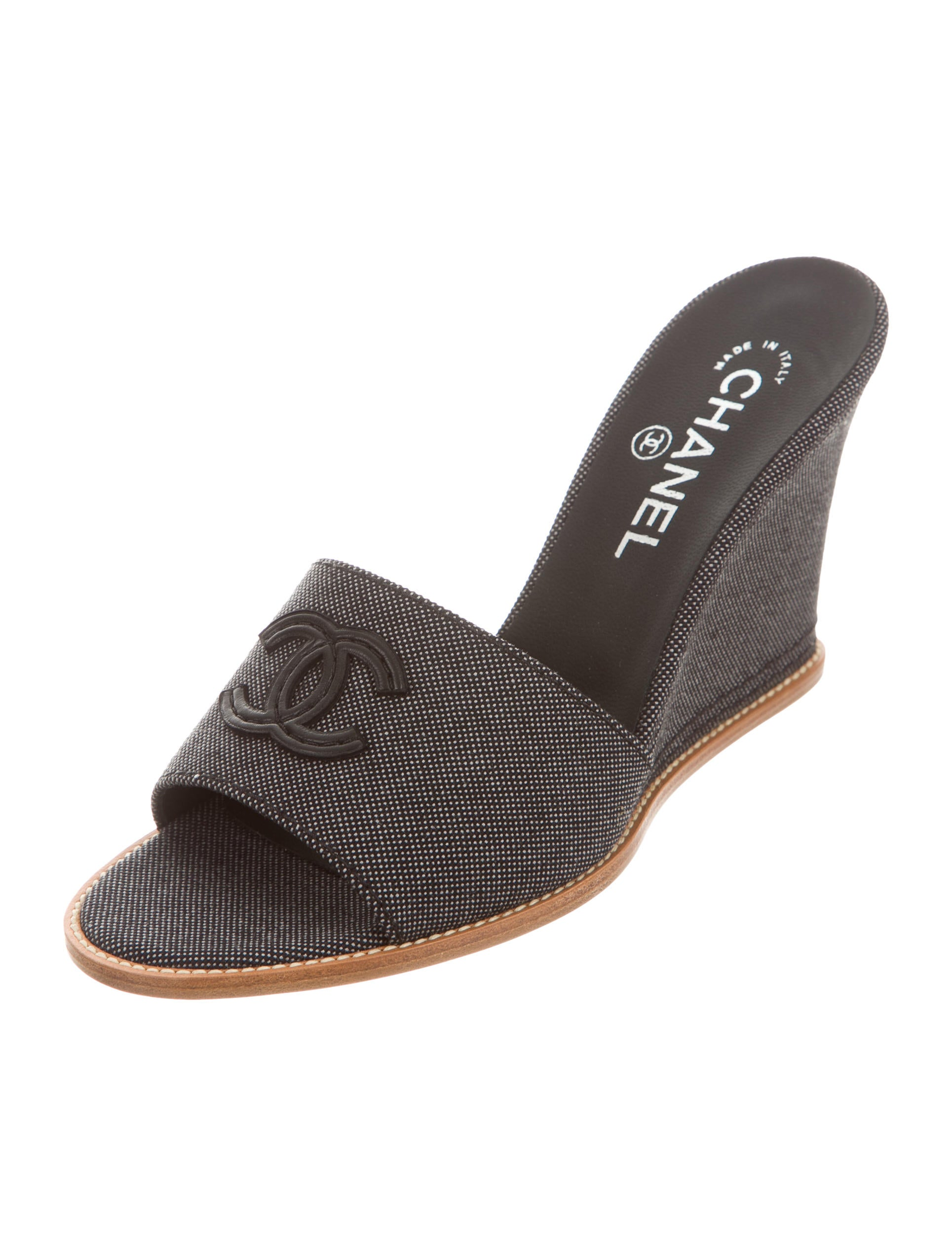 chanel canvas cc wedges w tags shoes cha158275 the