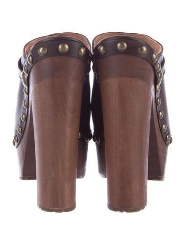 Cap-Toe Leather Clogs