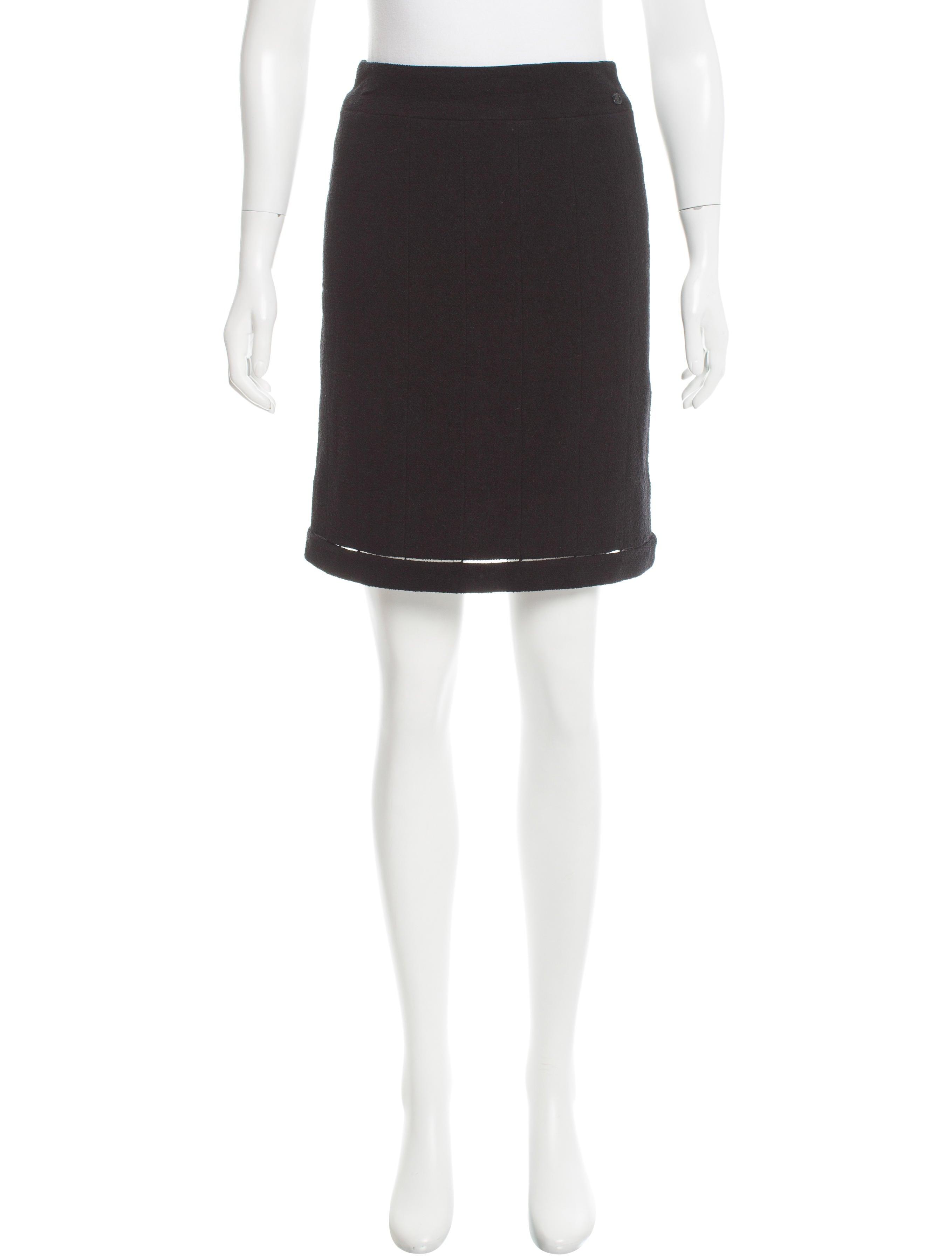 chanel wool knee length skirt clothing cha158958 the