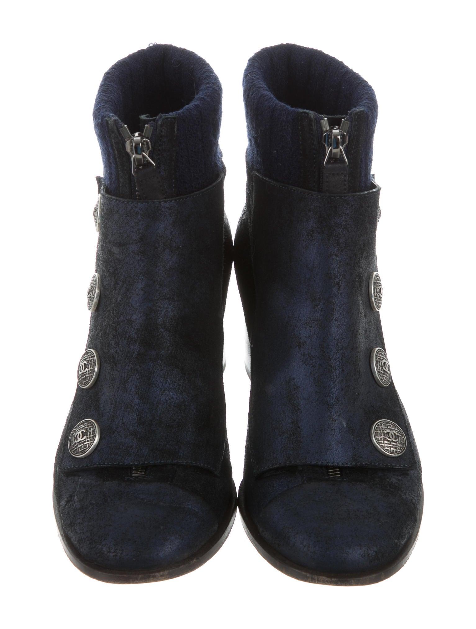 chanel cc edinburgh ankle boots shoes cha160746