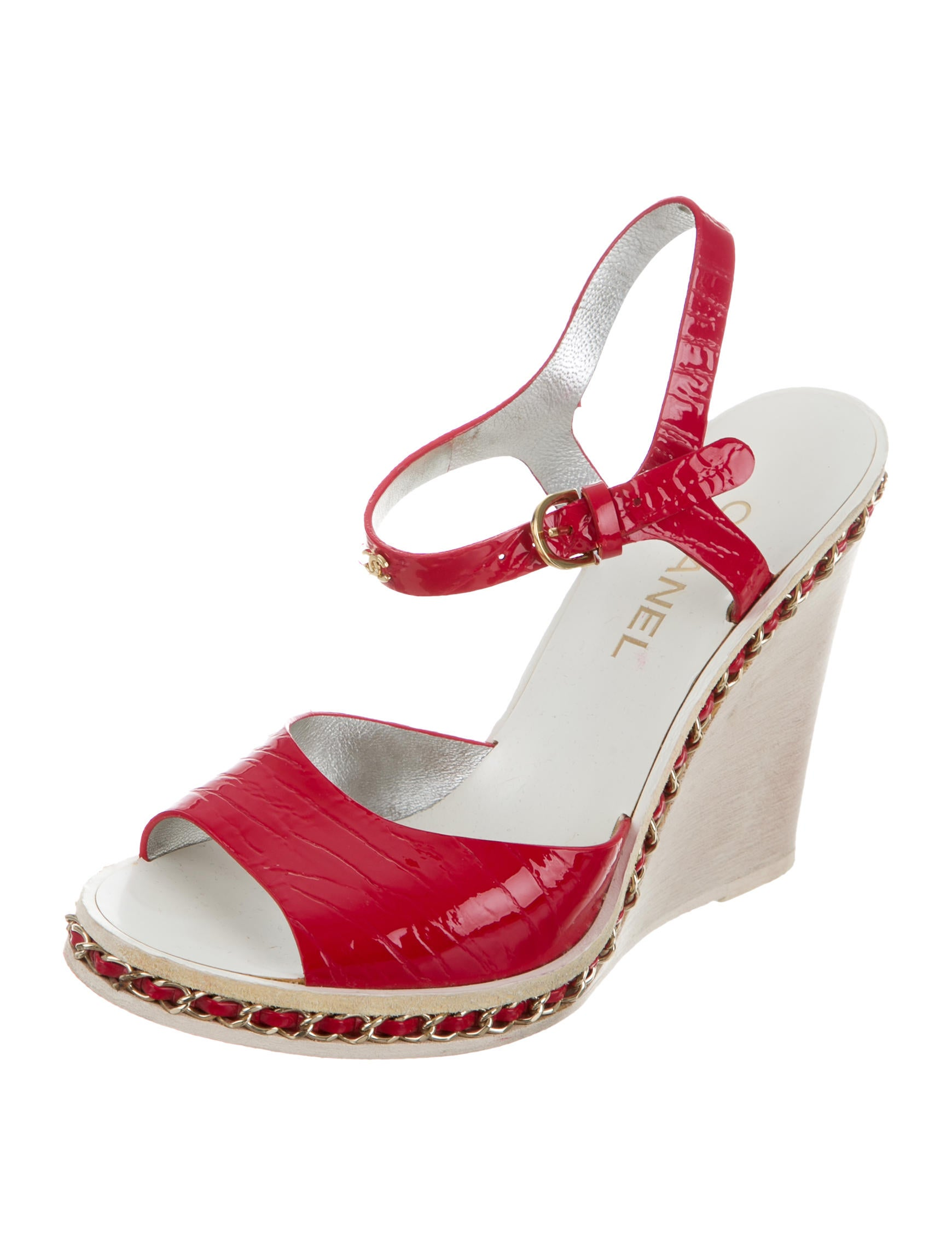 chanel patent chain embellished wedges shoes cha161007