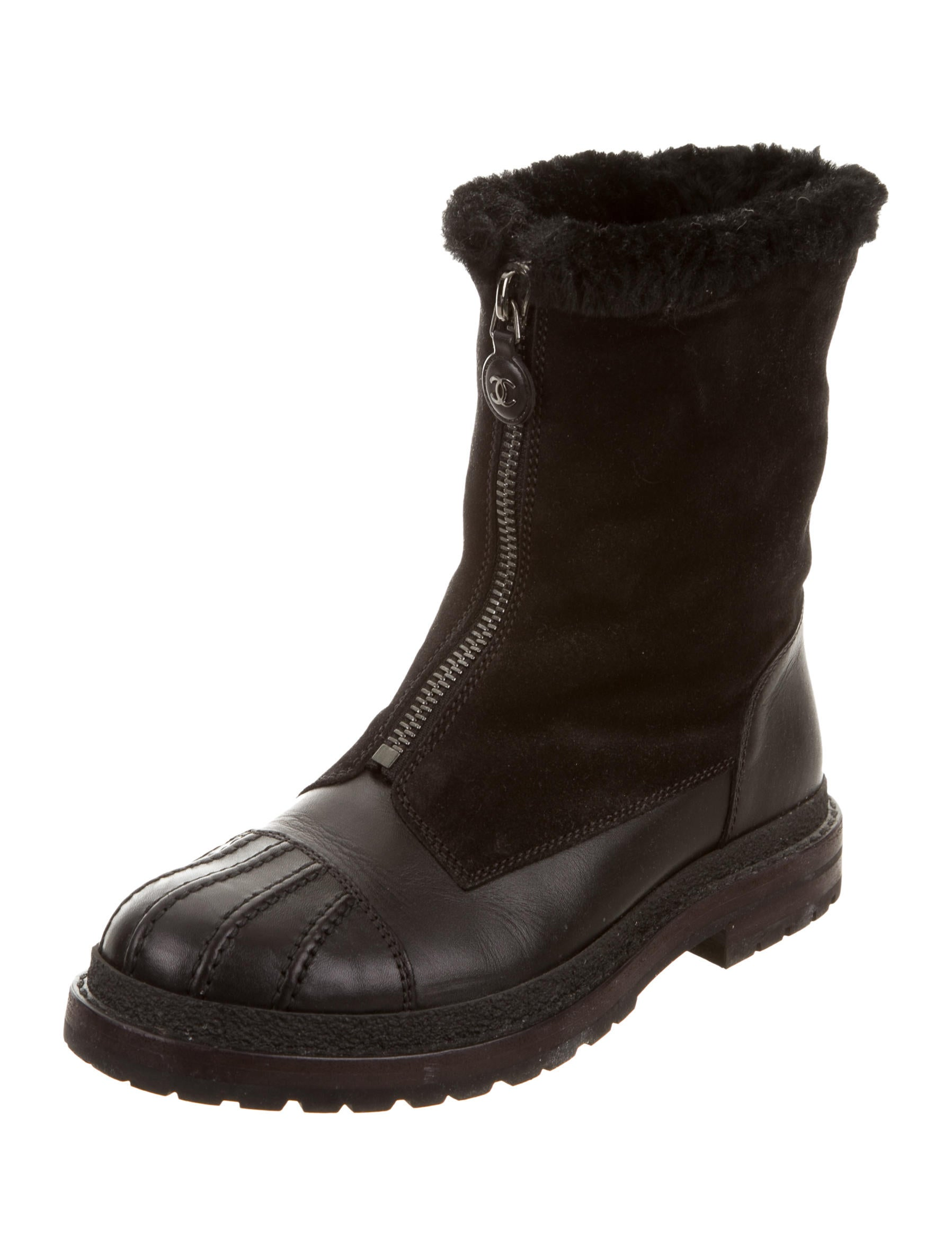 chanel leather snow boots shoes cha161258 the realreal