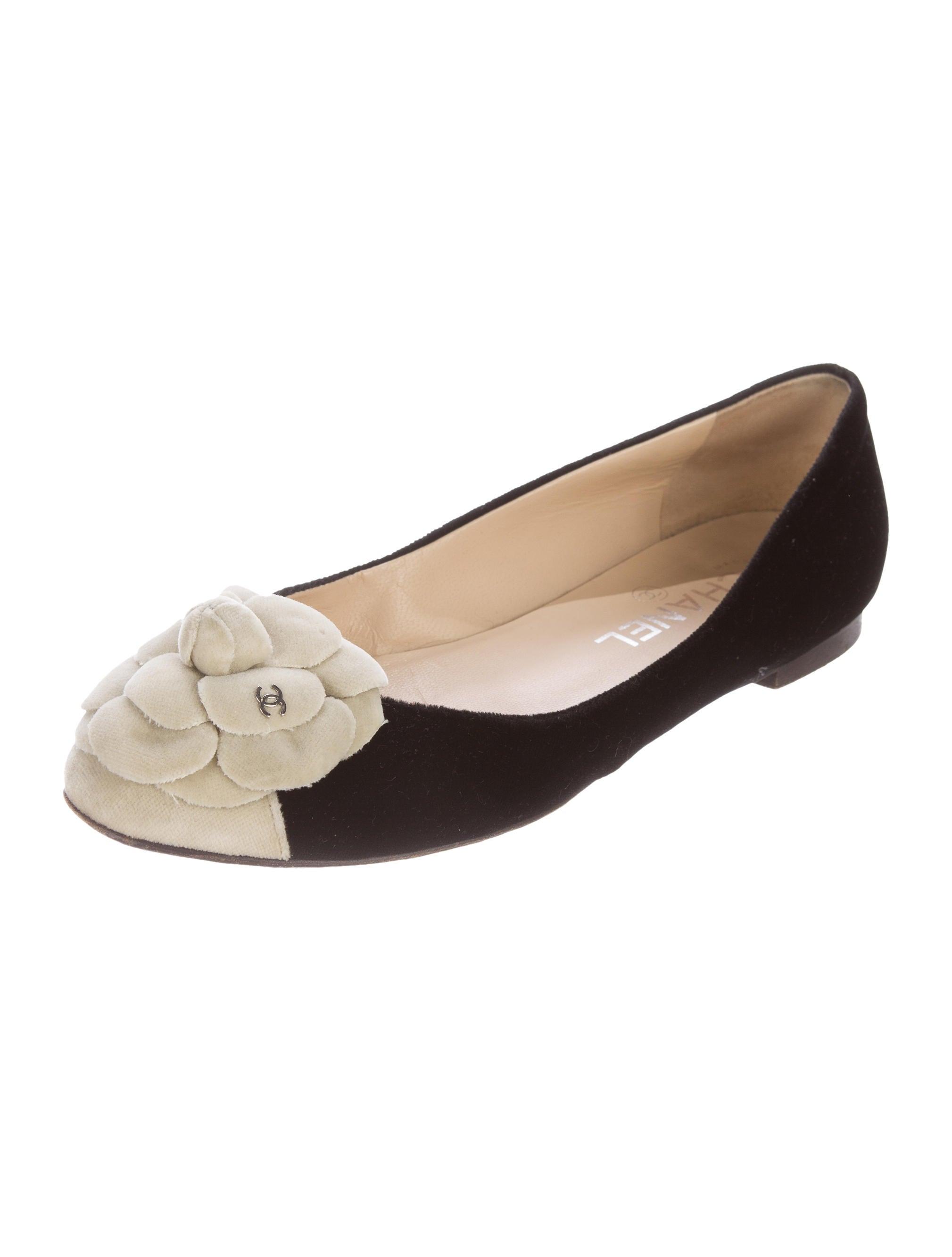 Chanel Velvet Camellia Flats Shoes Cha162998 The