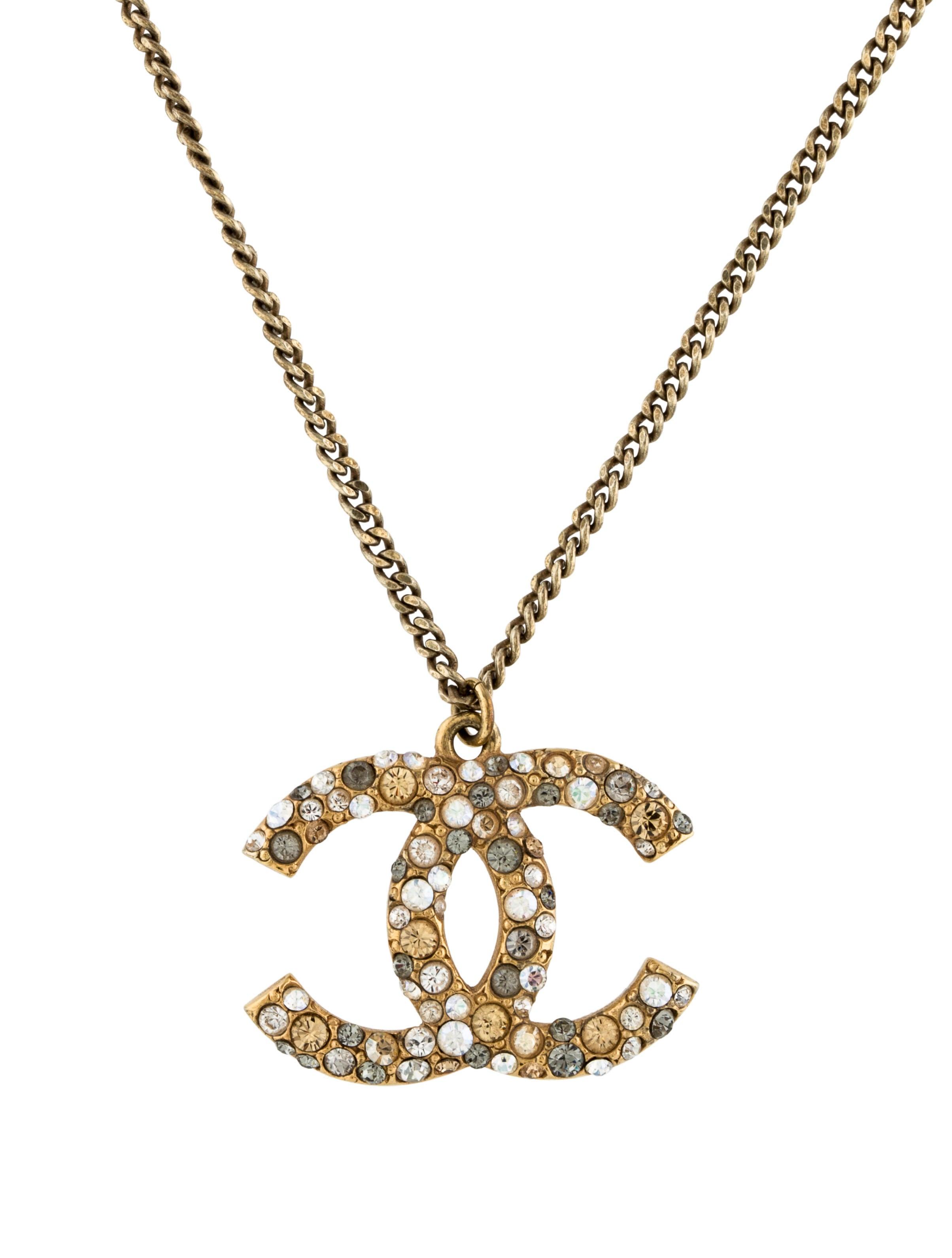 chanel cc pendant necklace necklaces cha165080