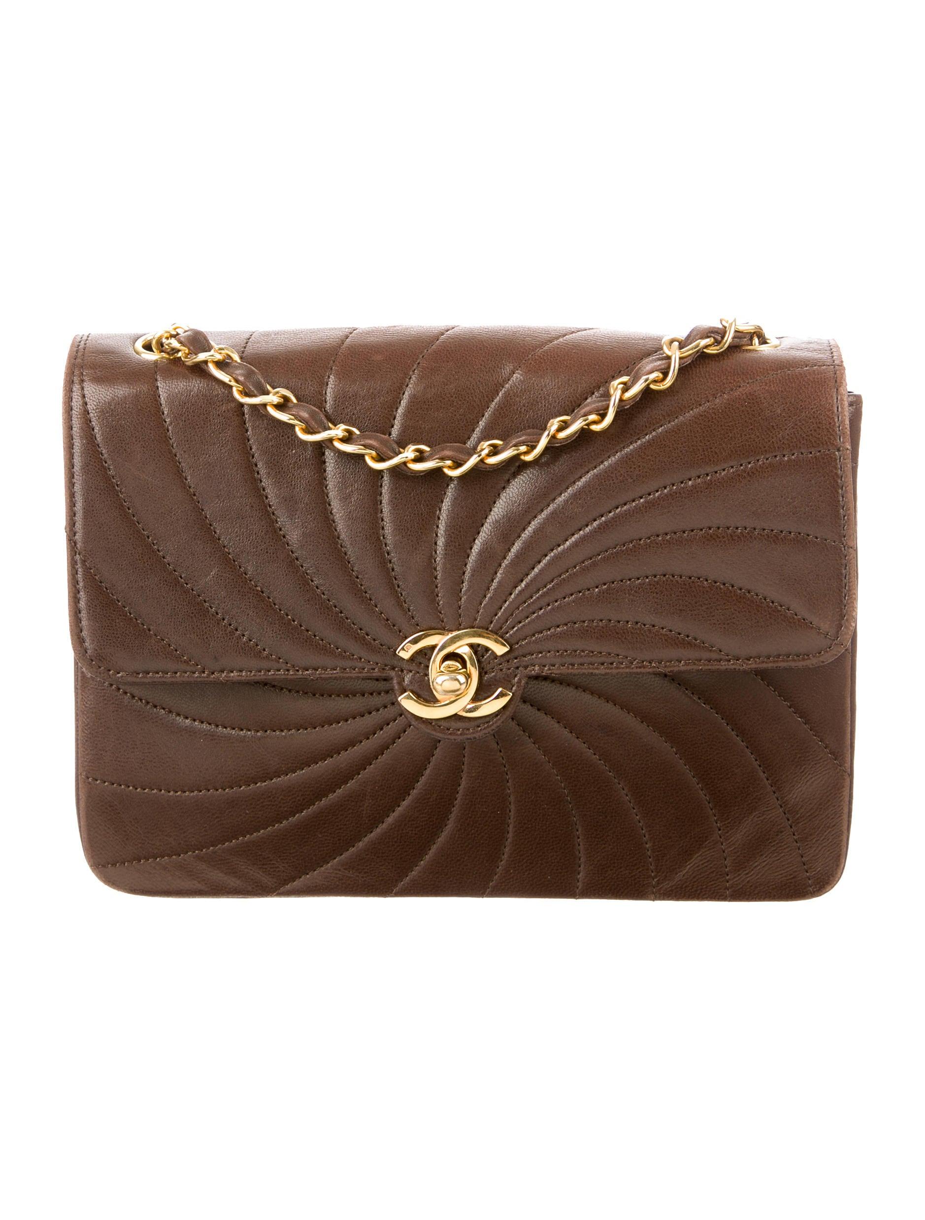 Chanel Väskor Vintage : Chanel vintage flap shoulder bag handbags cha