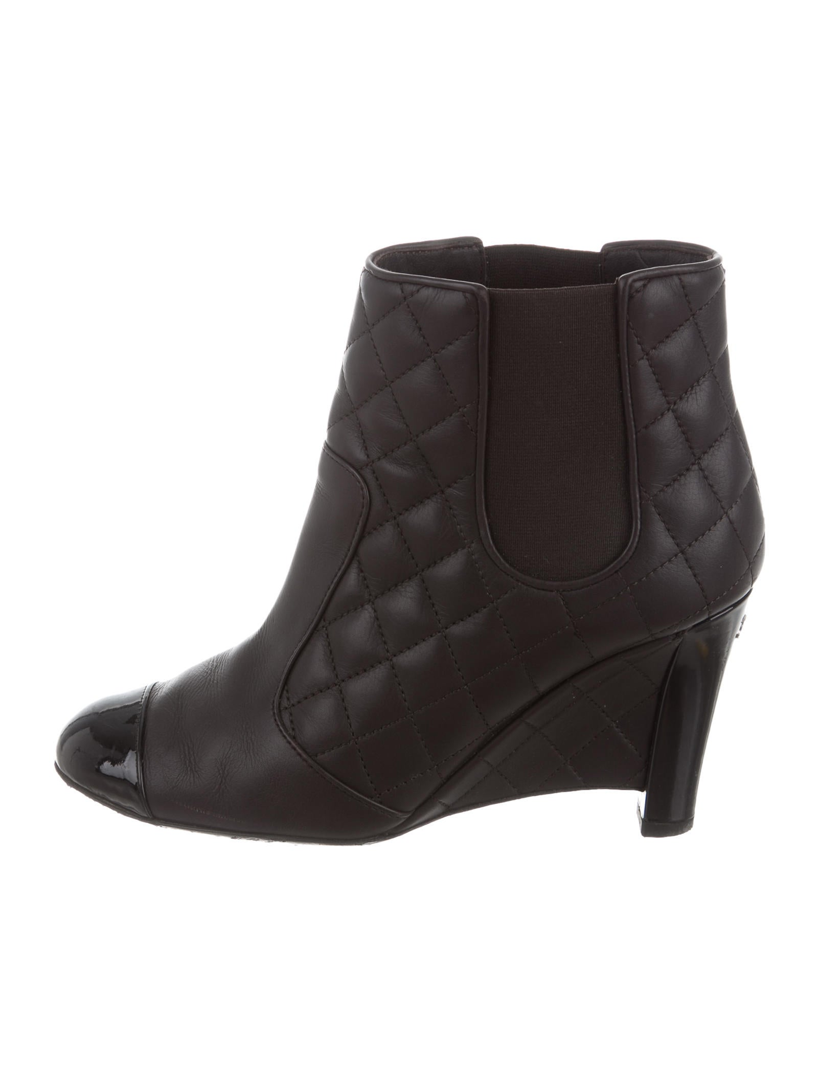chanel quilted wedge ankle boots shoes cha168213 the