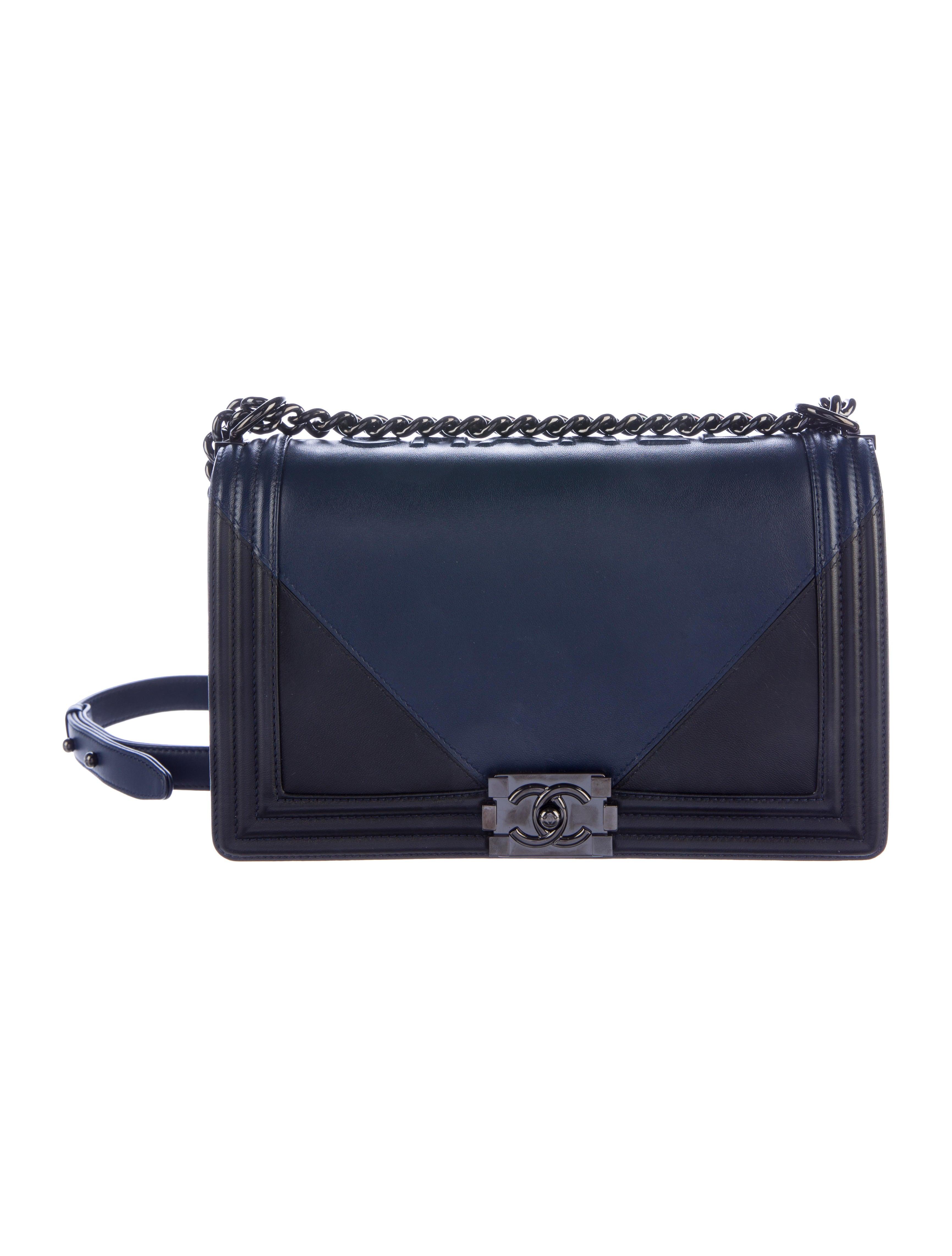 Chanel 2017 Medium Plus Boy Bag Handbags CHA